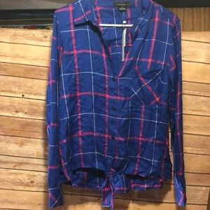 NWT Sanctuary size M plaid button Down